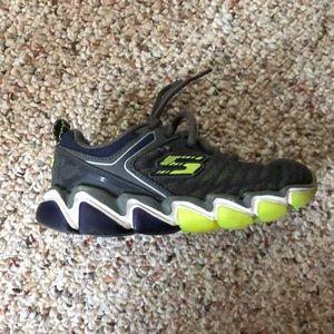 Almost brand new Skechers boys memory foam shoe